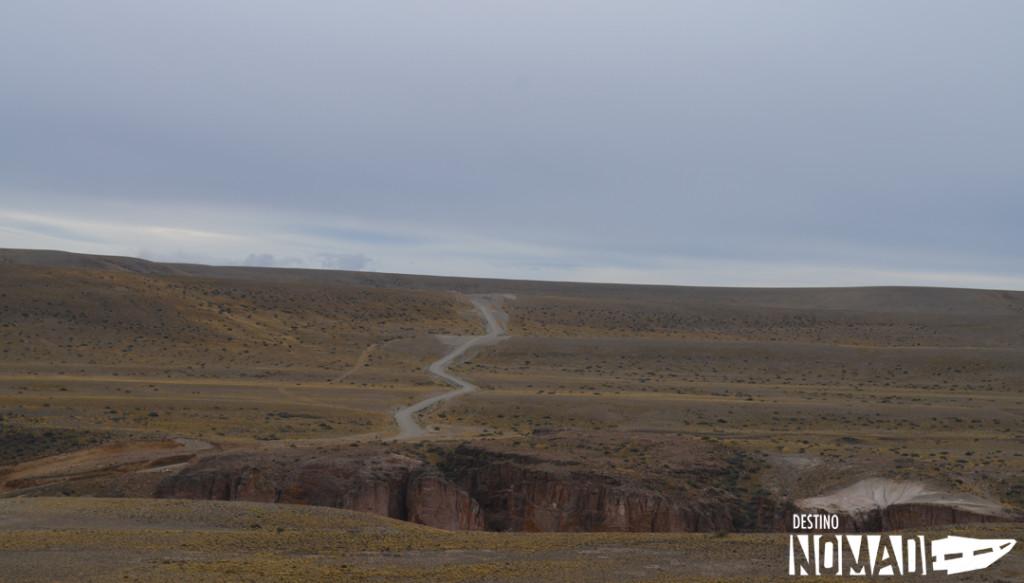 Camino a Cueva de las Manos, Ruta 40