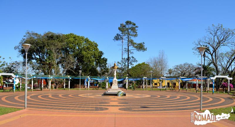 Plaza de Concepción de la Sierra, ruta costera de Misiones