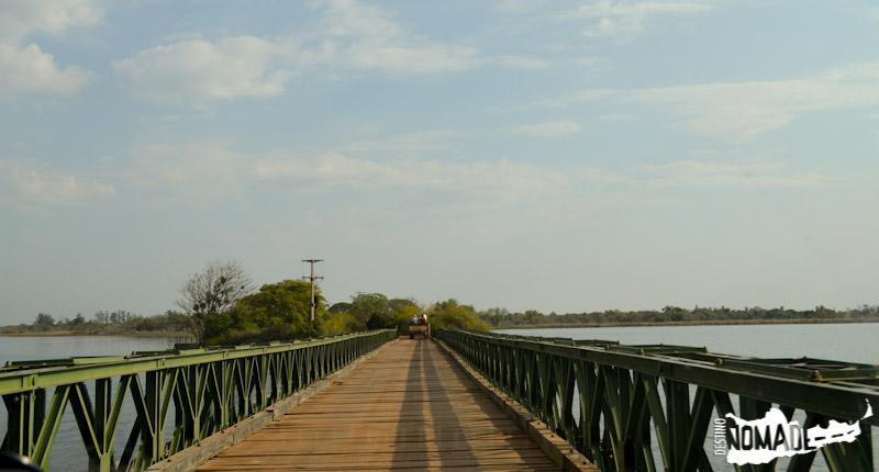 Puente hacia los Esteros del Iberá en Caros Pellegrini.