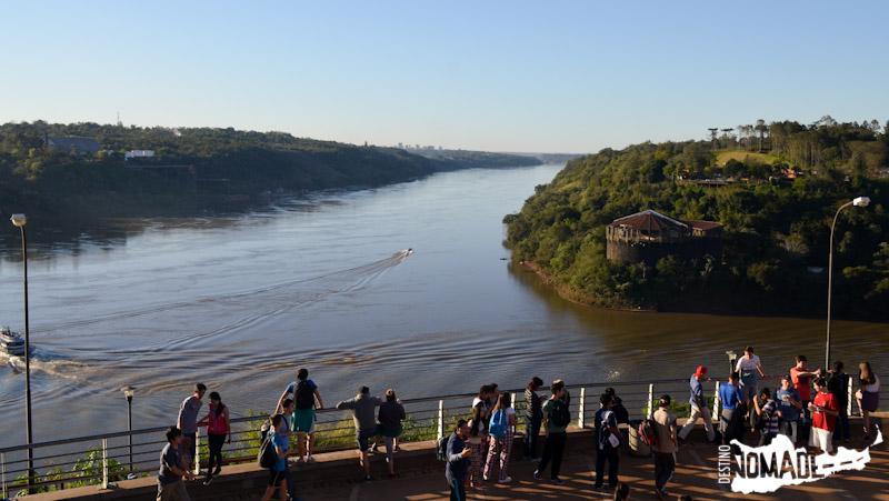 Cruce de los ríos Paraná e Iguazú, Puerto Iguazú