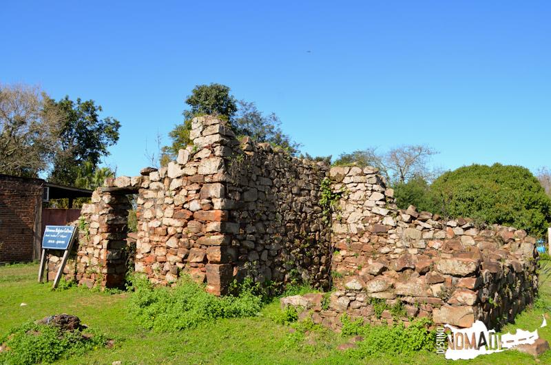 Ruinas de la casa de viudas, huérfanos, ancianas y adúlteras (o cotiguazú), en Yapeyú (Corrientes).